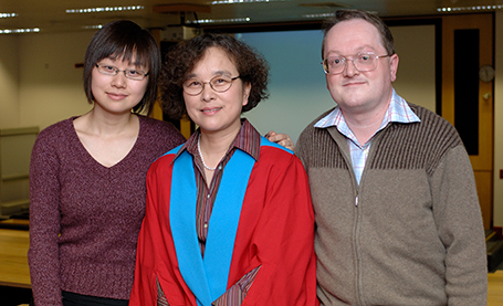 Jane with her husband Professor Paul Scott and her daughter Dr Rachel Yu
